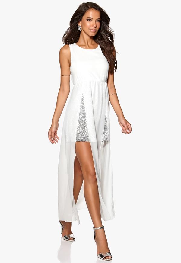 Robe asymetrique blanche voile et jupe argentee