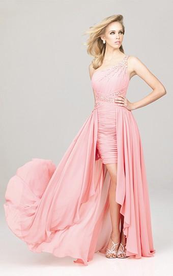 Robe courte devant longue derriere rose