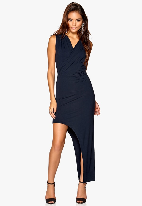 Robe courte devant longue derriere simple
