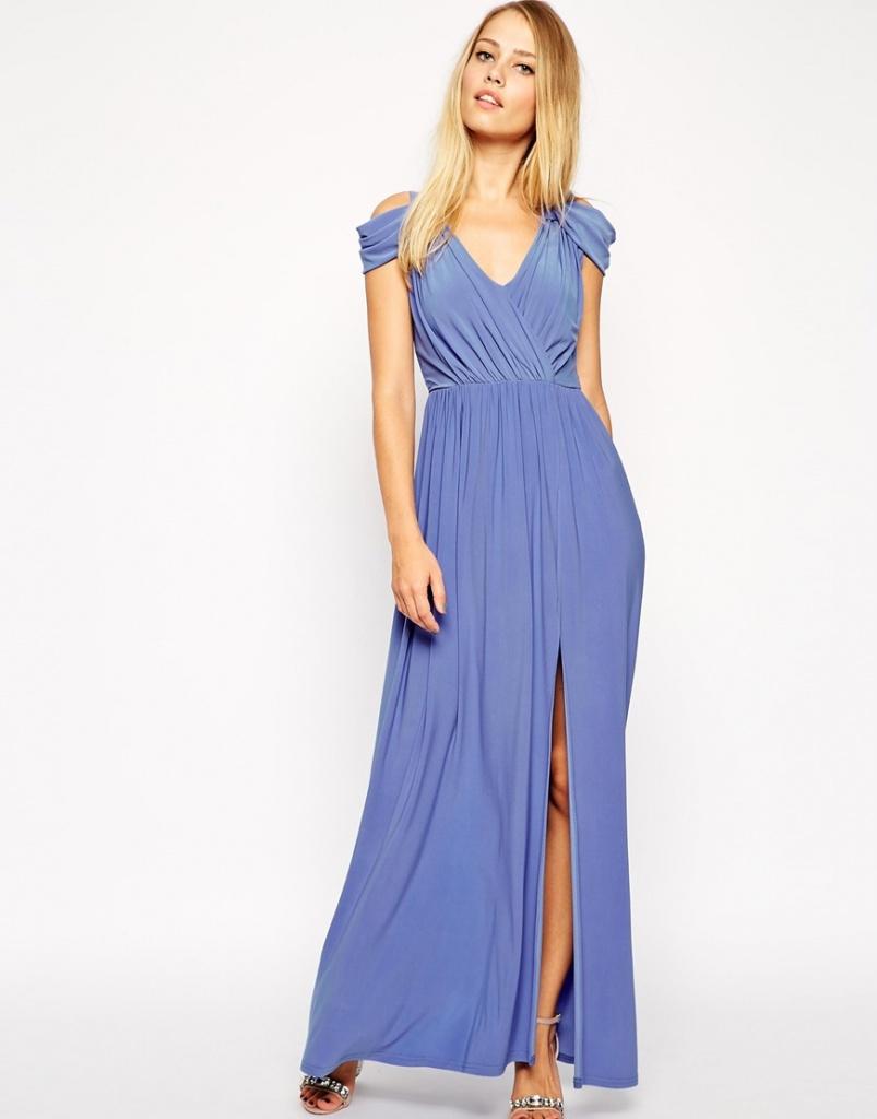 jolie robe longue cocktail mousseline bleu fluide et fendue devant