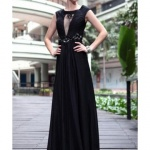 robe cocktail noire sans manche dentelle habillee longue