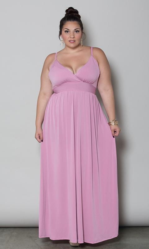 robe de bal grande taille fluide rose decollete a bretelles fines