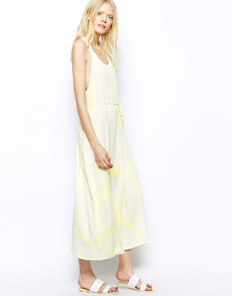 robe longue estivale jaune pale echancree sur les cotes