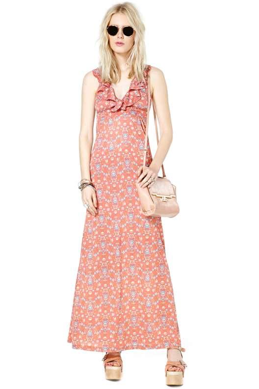 robe longue ete a petits froufrous sur le top