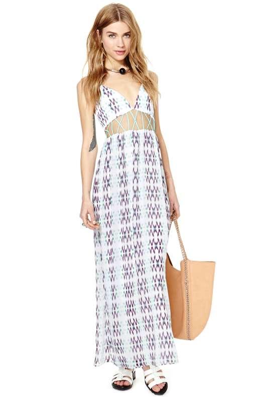 robe longue ete ajouree a la taille couleur claire