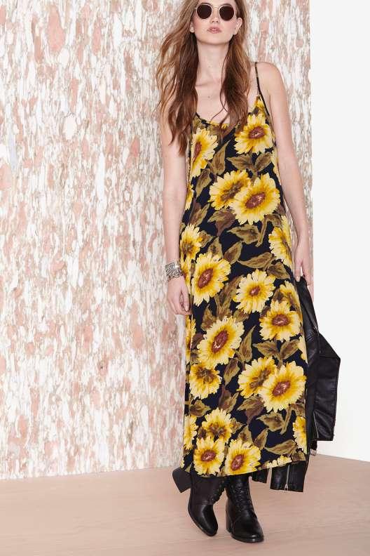 robe longue ete fond noir motif gros tournesol