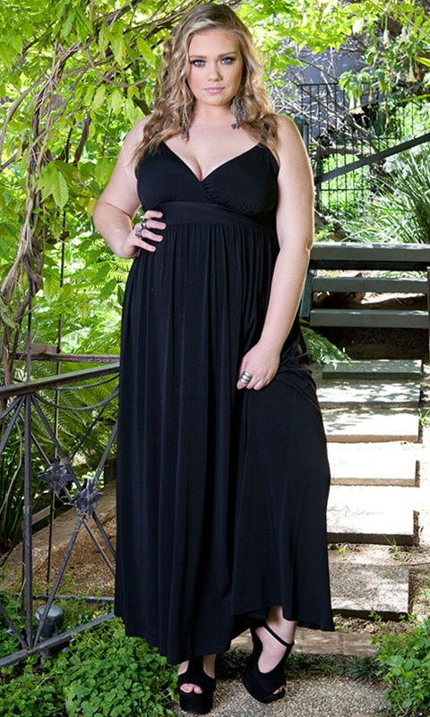 robe longue mousseline grande taille 50 noire avec bretelle