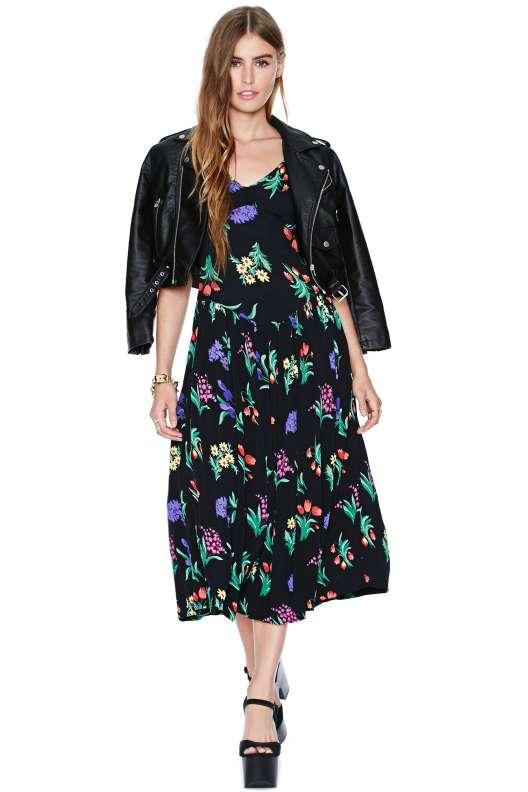 robe mi longue ete noire imprime colore