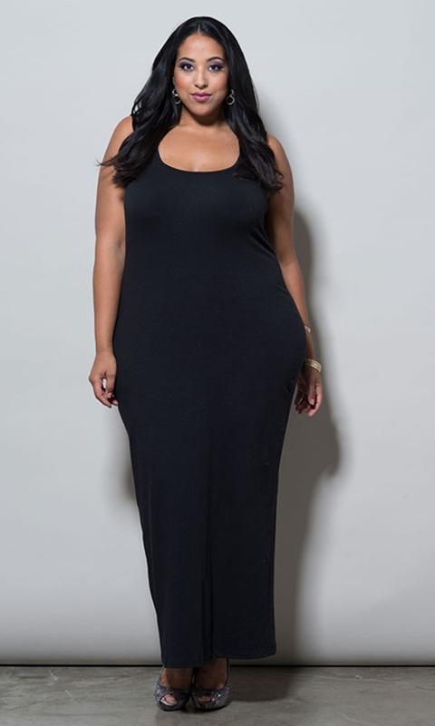 robe noire grande taille longue sans manche et moulante