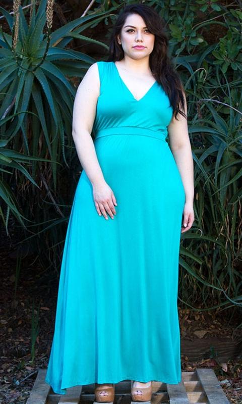 robes grandes tailles longues sans manche couleur aqua