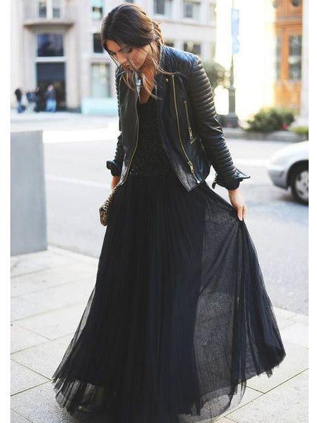robe-longue-noire-look-de-soiree-rebelle-et-classe.jpg 59aa2f5000b