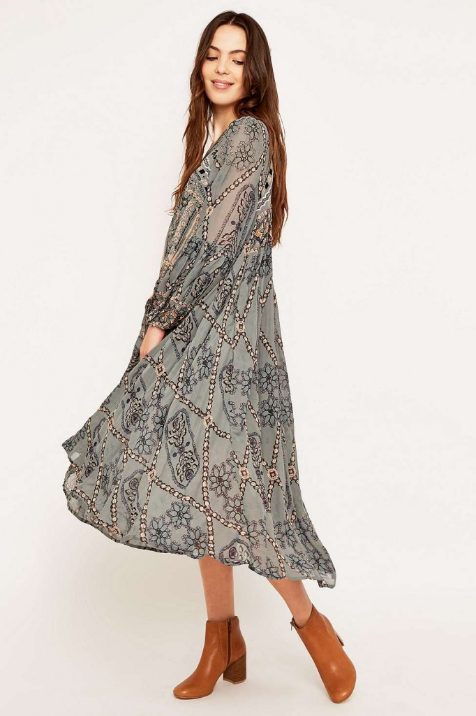 robe longue urban outfitter boheme imprime et broderie transparence