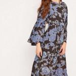 robe longue urban outfitter fleurie transparente et bretelles croisees au dos