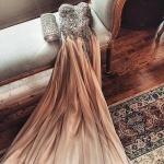 magnifique robe longue bustier de princesse rose champagne et corset paillettes