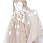 robe longue bustier pour mariage jupon tout en volume