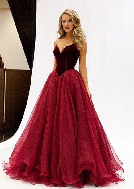 robe longue bustier rouge en mousseline volantee