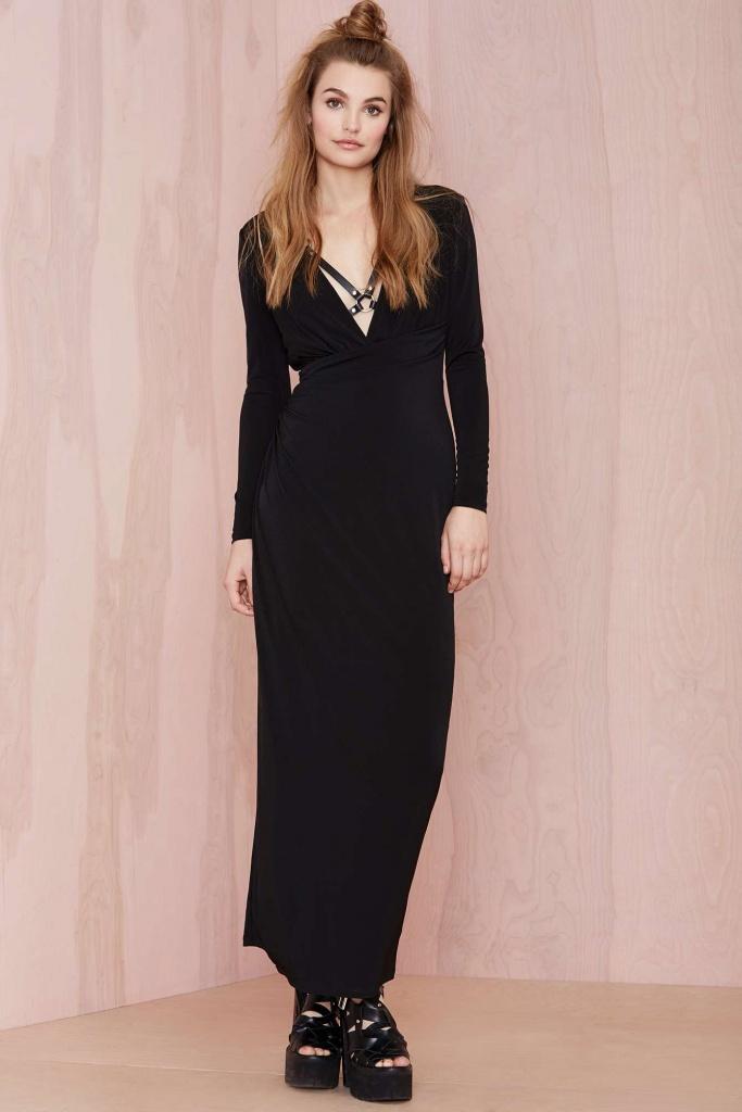 robe longue coton noire manche longue profond decollete