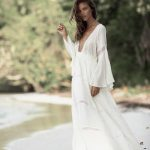 Belle robe blanche maxi cotonnade manches tres longues