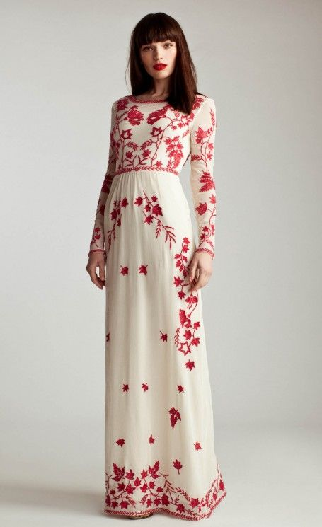 Belle robe habillee longue blanche a imrpime rouge