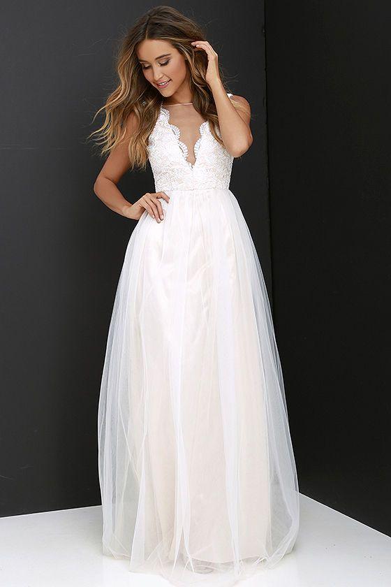 Longue robe blanche pour mariee dentelle sur bustier
