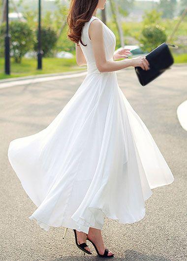 d2583fe789 Longue robe blanche tres fluide sans manche - la robe longue