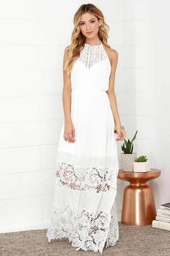 Magnifique robe blanche longue sans manche ras de cou avec dentelle