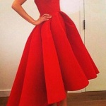 Ravissante robe vintage longue rouge asymetrique bustier