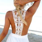 Robe blanche longue dos au crochet original tres ajoure