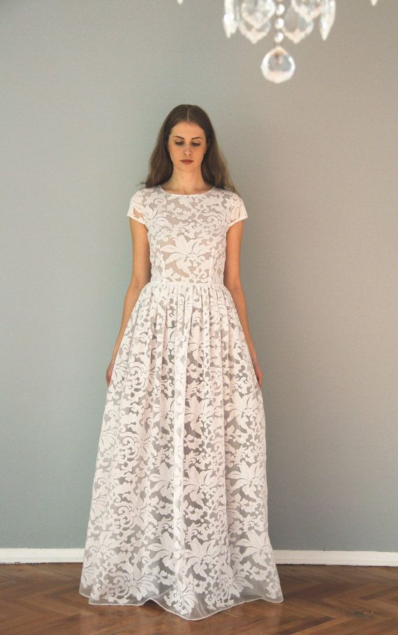 Robe blanche longue imprime dentelle manche courte