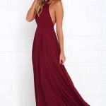 Robe de soiree longue rouge bordeaux dos nu avec fines bretelles
