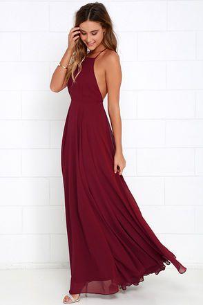 27017f56c49a Robe de soiree longue rouge bordeaux dos nu avec fines bretelles ...