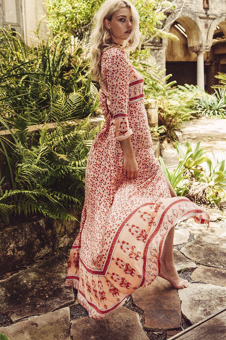 robe ete boheme longue femme beige imprime rouge la robe longue. Black Bedroom Furniture Sets. Home Design Ideas