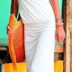 Robe longue blanche croise facon cache coeur