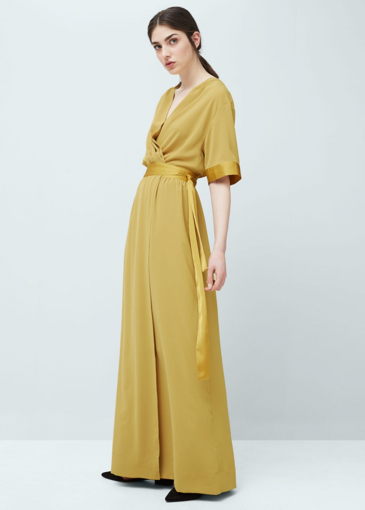 Robe longue couleur jaune curry large ceinture satine esprit asiatique