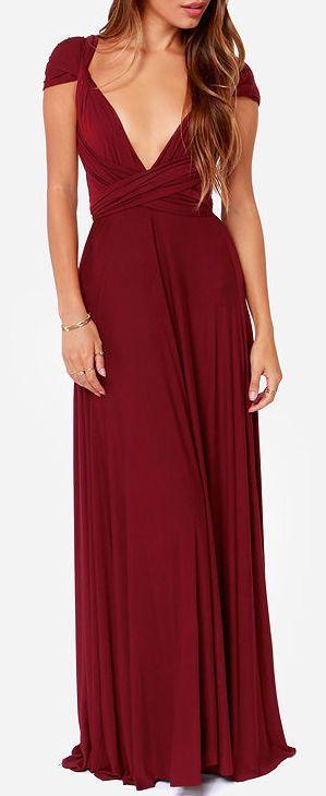 Robe longue rouge bordeaux fonce a manche tres courte et decollete