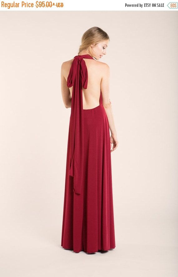 Robe longue rouge large noeud dos nus