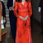 Robe longue rouge orange fluide manche longue