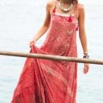 Robe longue rouge rose a bretelles ete
