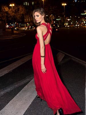 Sublime robe longue mango rouge attaches croisees dos