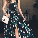 Robe fleur rose pale et feuilles sur fond noir tres longue et habillee