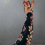 Robe fleurie noire imprime grosses fleurs manches courtes maxi longue