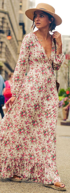 Robe longue fleurie boheme echancree et fluide cotonnade
