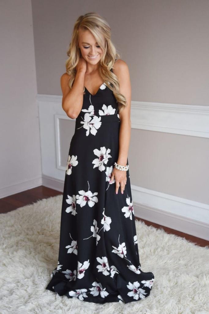 Robe longue fleurie noir et blanc fine bretelle
