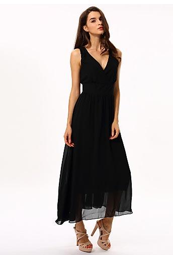 Robe noire sans manche en v