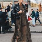 Longue robe hippie couleur marron au crochet tres lache