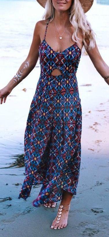 Petite robe ete longue hippie bleu marine avec motifs