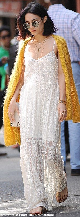 Robe longue boheme blanche vintage fines bretelles