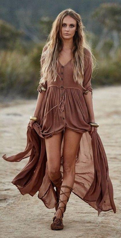 Robe longue bohemienne tres fluide pour ete tout en voile