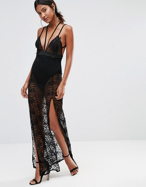 Robe longue dentelle esprit lingerie noire fine bretelle et fendue mi cuisses