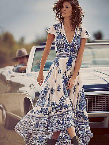 robe longue blanche bleue boheme